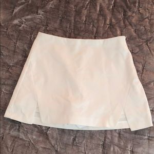 Zara white mini skirt size small!
